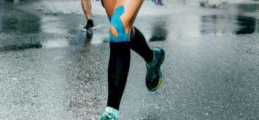 Athlète souffrant d'un syndrome fémoro-patellaire